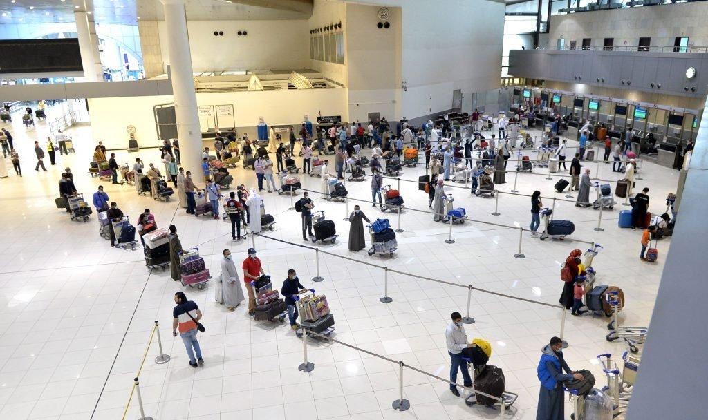 Persoanele care vin din Spania vor sta în carantină. România, listă țări cu restricții