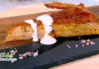 Rețetă de plăcintă cu carne și brânzeturi. Rețeta lui Vlăduţ