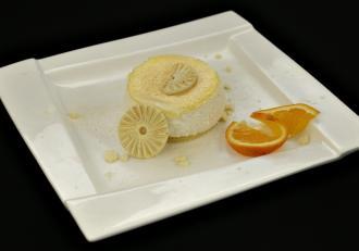 Mousse de ciocolată albă cu portocală și lemon curd